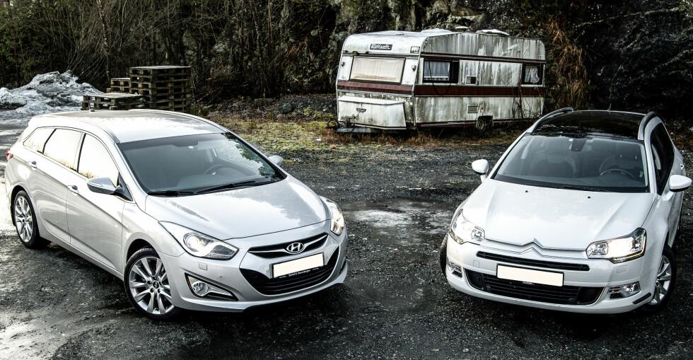 GOD PRIS: Du trenger ikke å lete på den dyreste hylla for å finne en god familiebil. Autofil har testet Hyundai i40 (til venstre) og Citroën C5, kanskje de mest undervurderte familiebilene. Alle foto: Kaj Alver