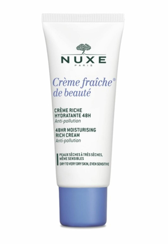 Krem for tørr hud fra | NUXE | https://www.apotek1.no/produkter/nuxe-cr-fraic-48-moist-rich-cr-866112p?utm_source=KK.no&utm_medium=Advetorial&utm_campaign=Nuxe%20Creme%20Fraiche&utm_term=866112