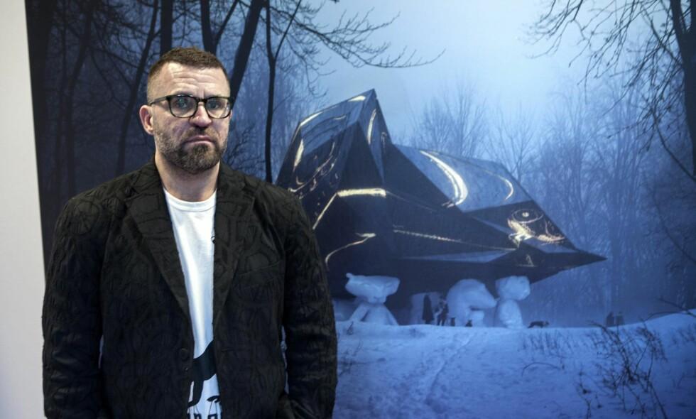«A House to die in»: Kunstner Bjarne Melgaard presenterer for tiden sitt mye omtalte «dødshus» på i Selvaags lokaler på Tjuvholmen Allé. Foto: Anders Grønneberg