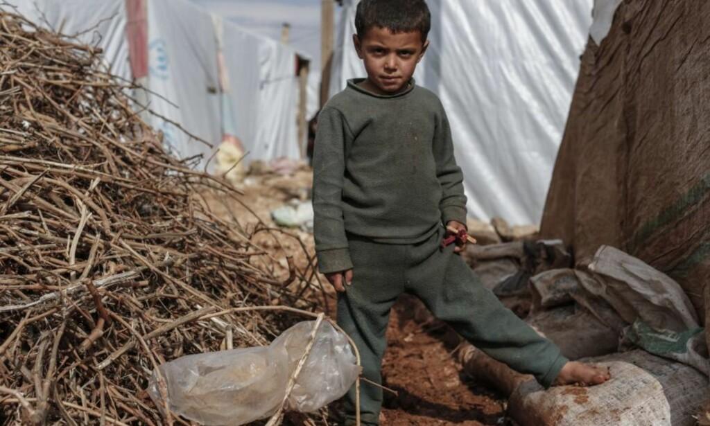 HJELPER MED MAT OG NØDHJELP: Organisasjonen Oxfam har siden 2. verdenskrig bistått under humanitære kriser verden rundt. Her fra Raqqa i Syria. Foto: Sam Tarling/Oxfam