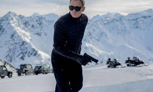 STJERNE: Daniel Craig som James Bond i de østerrikske alpene, der ulykken skjedde. Foto: Sony Pictures / Splash News