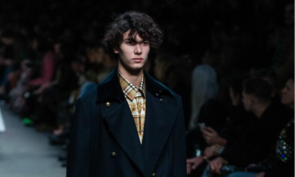 DEBUT: For en knapp uke siden debuberte den danske prinsen som modell. Nå har han fått modellkontrakt. Foto: Richard Isaac / REX / Shutterstock / NTB scanpix