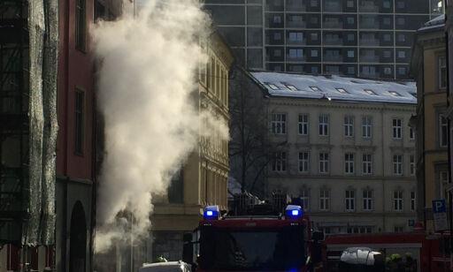 image: Kraftig brann i boligbygg i Urtegata