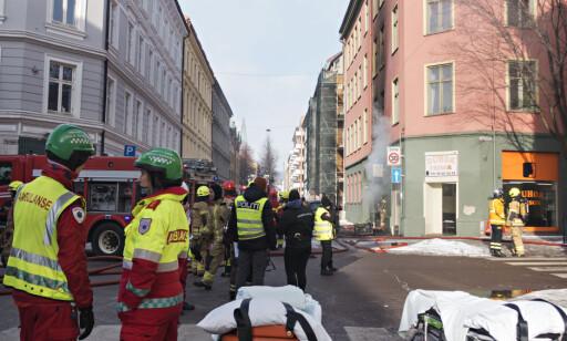 FULL UTRYKNING: Alle etater rykket ut etter melding om brannen i Urtegata i dag tidlig. Foto: Frank Karlsen / Dagbladet