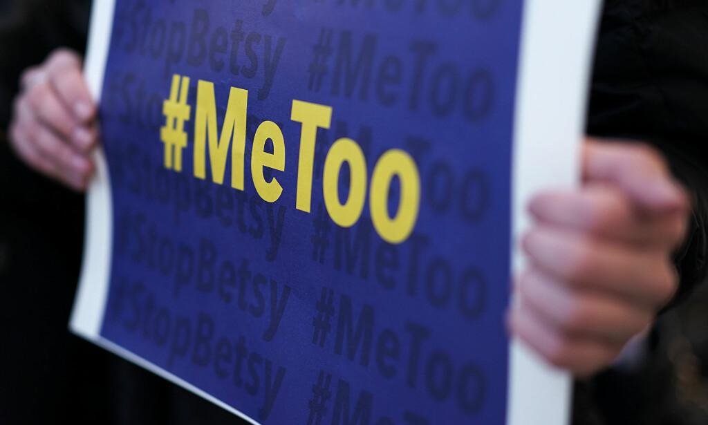 SEKSUELL TRAKASSERING: #metoo har synliggjort maktstrukturer som har ulike konsekvenser for kvinner og menn. Særlig har mange unge kvinner opplevd ulike former for seksuell trakassering i arbeids- og organisasjonsliv, skriver Bufdir-direktøren. Illustrasjonsfoto: AFP PHOTO / NTB scanpix