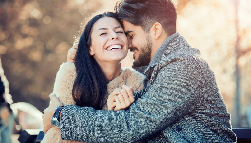 PARFORHOLD: I psykologien kalles forelskelse for en mild psykose – noen fokuserer kun på kjæresten, og glemmer alt annet. FOTO: NTB Scanpix