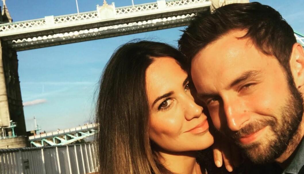 <strong>FORLOVET:</strong> I fjor forlovet Måns Zelmerlöw og kjæresten Ciara Janson seg i Kroatia. Nå venter de barn sammen. Foto: Instagram / Skjermdump