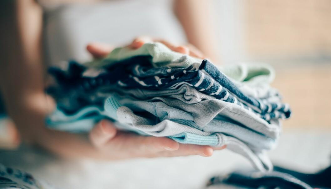 BYTTING AV KLÆR I BARNEHAGEN: Å bytte klær og utstyr er en vinn-vinn situasjon for foreldre og miljø. FOTO: NTB Scanpix