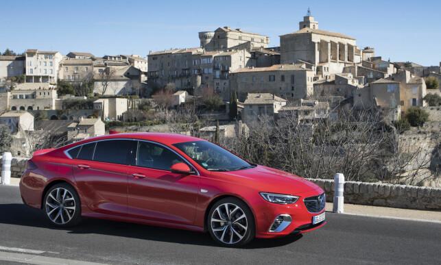 PROVANCE: Vi testet i Provance under kuldesjokket i Europa. Minus fem er uvanlige testforhold i mellom-Europa. Foto: Opel
