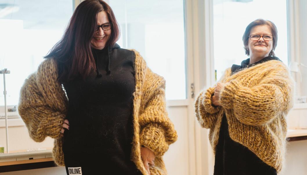 Rita og Heidi sitter i fengsel og strikker designerjakker til 4500 kroner