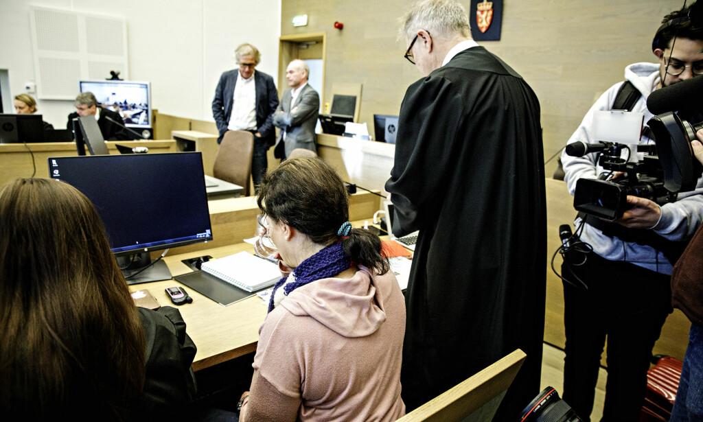 PROBLEMER MED BLODSUKKERET: Den 46-årige tiltalte kvinnen har under hele rettssaken hatt problemer med å kontrollere blodsukkernivået. Foto: Nina Hansen / Dagbladet