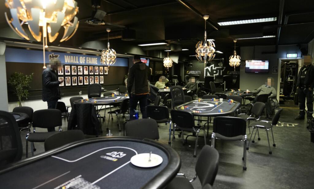 RAZZIA: Politiet slo til mot fem pokerklubber, blant annet Norwegian Poker Teams lokaler i Sinsenveien. Foto: Øistein Norum Monsen / Dagbladet