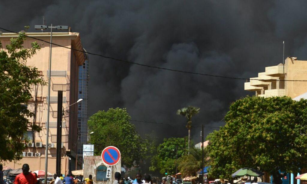 image: Minst 28 drept i angrep i Burkina Fasos hovedstad