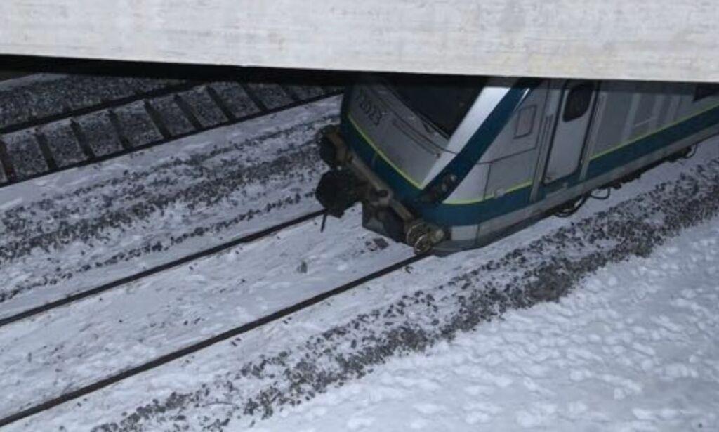 image: To polakker omkom etter å ha blitt påkjørt av passasjertog