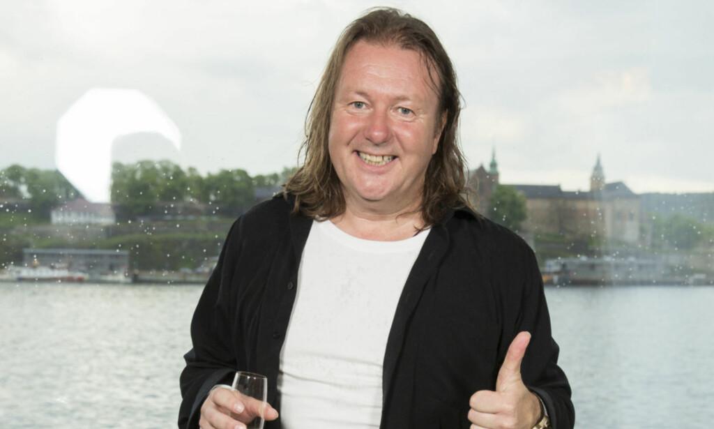 GLEDESSPREDER: Svein er kjent for å spre glede både på tv og i hverdagen. Til en energibunt å være, har også han møtt på utfordringer i livet. Foto: Espen Solli, Se og Hør