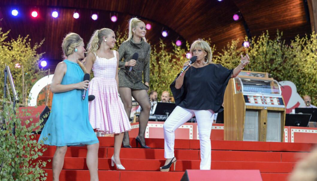 <strong>POPULÆR:</strong> Lill-Babs er en av Sveriges mest rutinerte artister. Her er hun i aksjon i TV-programmet «Allsång på Skansen». Foto: TT NYHETSBYRÅN