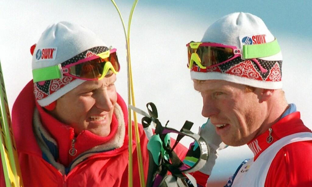 BIDRO: Vegard Ulvang og Bjørn Dæhlie jobbet begge for økt oppmerksomhet rundt varierende kvalitet på dopingkontroller på 90-tallet, ifølge Inggard Leirem. Her er de to avbildet sammen under vinter-OL på Lillehammer i 1994. Foto: Gunnar Lier / Scan-Foto / NTB Scanpix