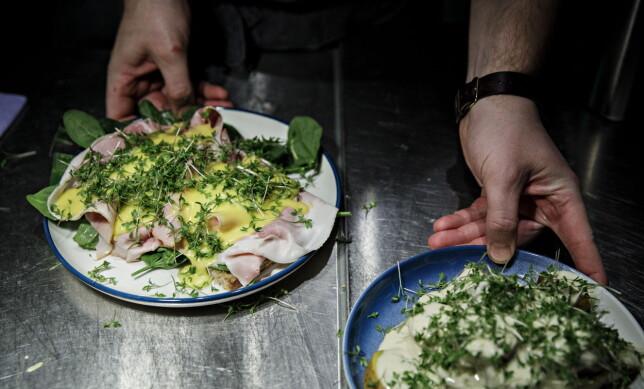 KJØTT, FISK ELLER VEGGIS: Tre hovedretter serveres på Brugata Landhandleri. Velg mellom kjøtt, fisk eller vegetar.