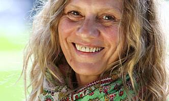 Heidi Köhn (56), forfatter, mor til to voksne barn og bestemor til to barnebarn. Foto: Britt Krogsvold Andersen.