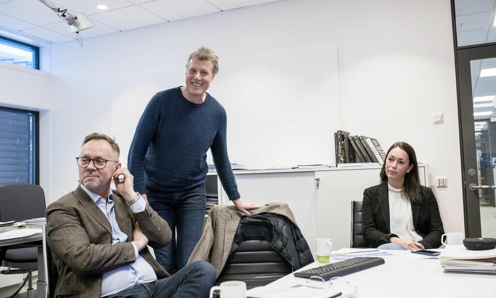 LEDELSEN: Sjefredaktør i Dagbladet, John Arne Markussen, konsernsjef i Aller, Dag Sørsdahl, og Økonomidirektør i Aller, Anette Nordskog. Foto: Skjalg Bøhmer Vold.
