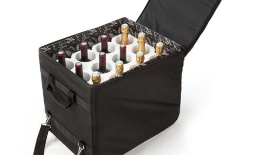 VINKOFFERT: Med en polstret vinkoffert kan du ta med deg vinkvoten for to personer (12 viner), og sende kofferten som innsjekket bagasje. Foto: Rufo.