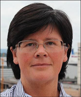 KAN STRAFFES MED BØTER: Det forteller Hilde Austad, avdelingsdirektør ved Utdanningsdirektoratet. Foto: Utdanningsdirektoratet.