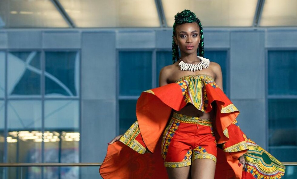 STELLA MWANGI: Denne måneden deltar hun i Melodi Grand Prix, slipper ny musikk og lanserer nettbutikken VAA KI AFRIKA. FOTO: Igor Zaitcev