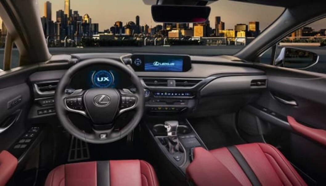 <strong>FØRERORIENTERT:</strong> Det meste er gjort for å være sentrert mot føreren. Foto: Lexus