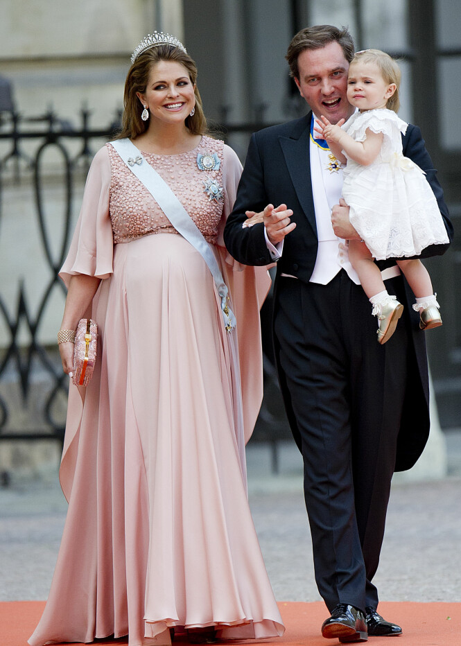 <strong>GRAVID:</strong> Prinsesse Madeleine var høygravid med prins Nicolas da hun var med i bryllupet til prins Carl Philip og Sofia Hellqvist i 2015.Foto: Jon Olav Nesvold / NTB scanpix
