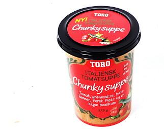 Toros tomatsuppe veier 475 gram og varmes opp i tre-fire minutter i mikro.