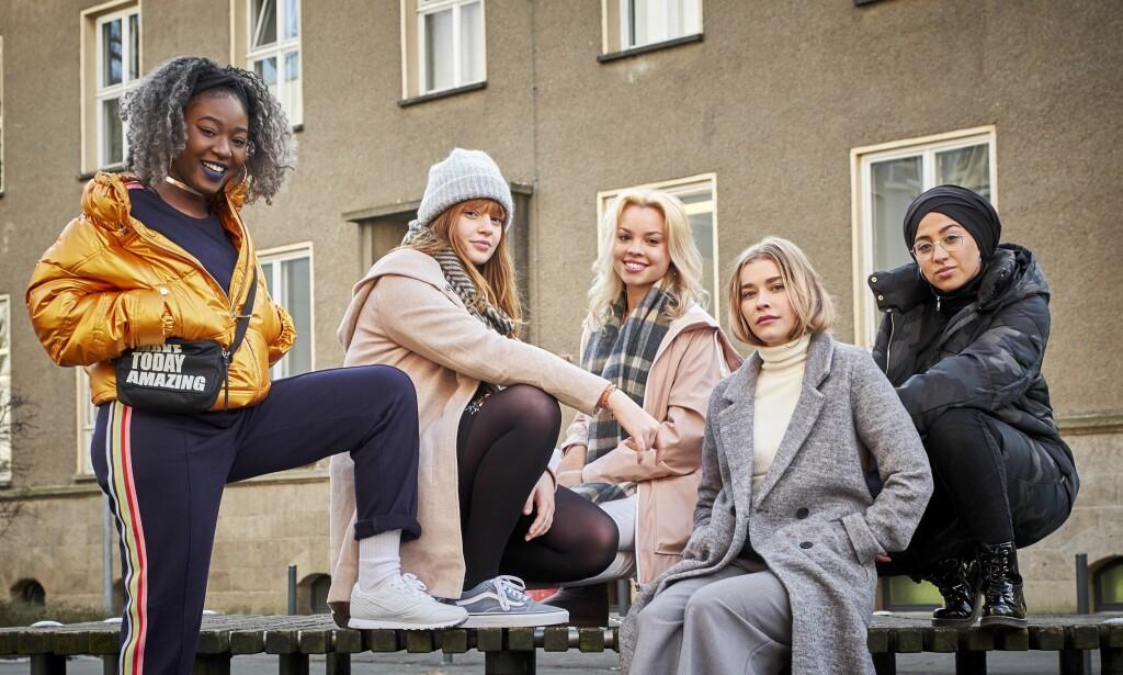 GJENGEN ALLIANSE: Slik er den tyske «Skam»-gjengen, (fra venstre) Sam, Hanna, Kiki, Mia and Amira Thalia. Serien har fått navnet «Druck» i Tyskland. Foto: Funk
