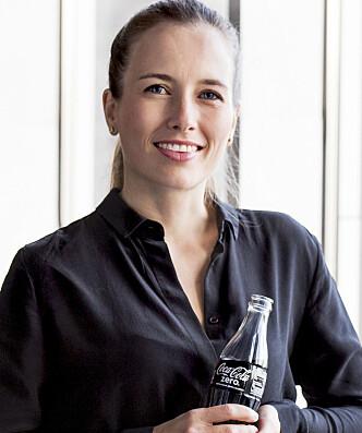 <strong>BRUK SPORTSFLASKE:</strong> Det anbefaler Mette Vinther Talberg, kommunikasjonssjef hos Coca-Cola European Partners Norge. Foto: Coca-Cola.