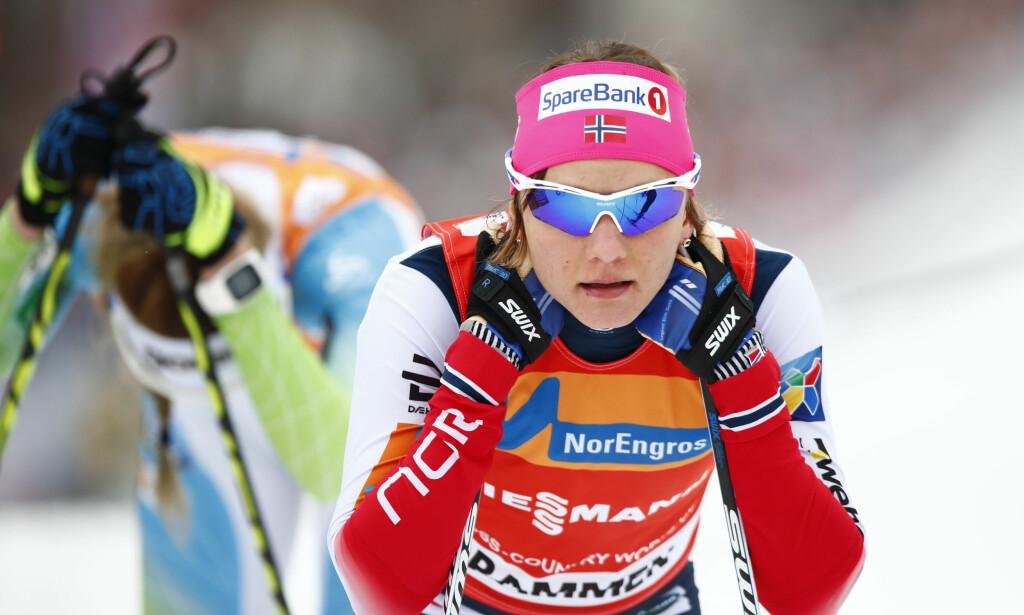 BEST I SPRINT: Maiken Caspersen Falla etter målgang i kvartfinalen i verdenscupen i langrenn sprint i Drammen. Foto: Terje Pedersen / NTB scanpix