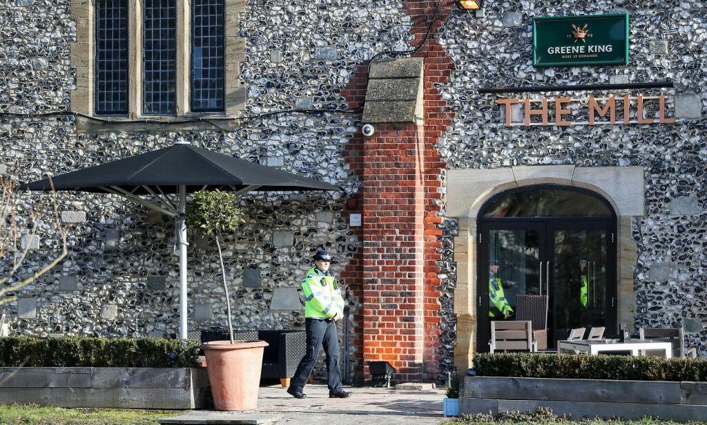 image: Eks-spionen og dattera drakk på denne puben. Funnet på en benk et par timer seinere: Forgiftet av nervegass