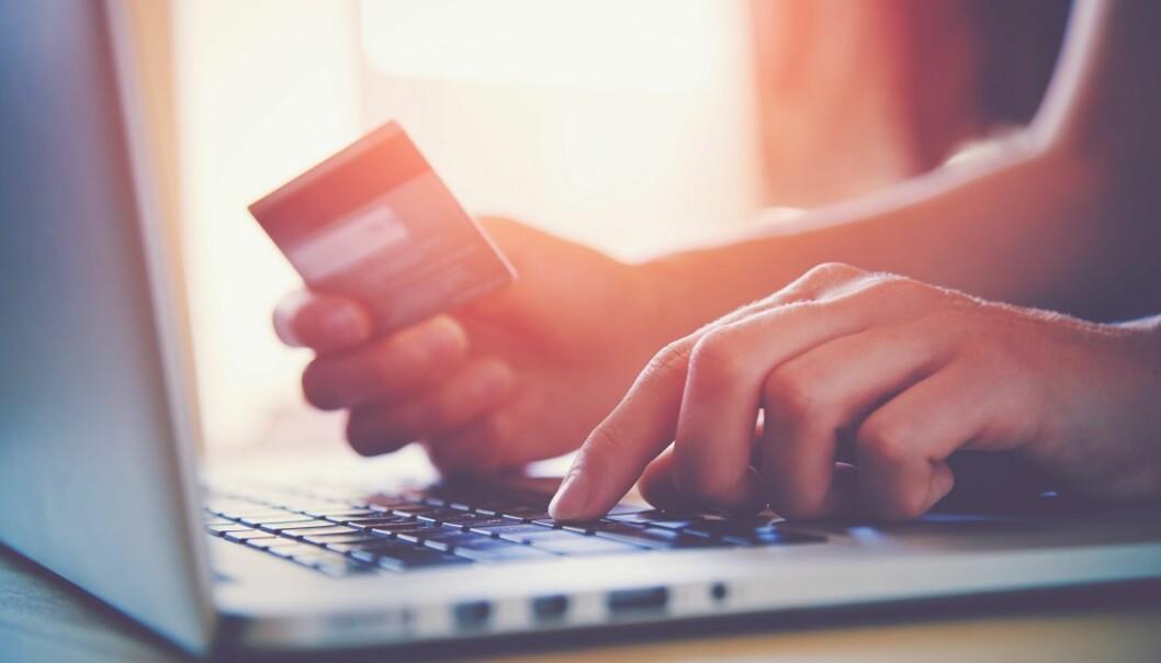 BUDSJETT: Tilpass forbruket ditt etter hva du faktisk har råd til, sier forbrukerøkonom. FOTO: NTB Scanpix