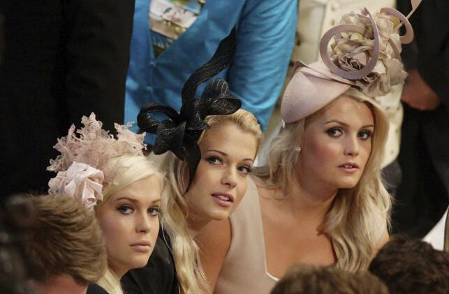 SØSTRE: Lady Kitty Spencer (t.h) sammen med søstrene Amelia (t.v) og Eliza i bryllupet til prins William og Hertuginne Kate i 2011. Foto: NTB scanpix