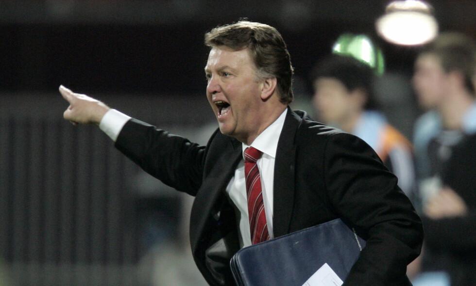 REVOLUSJON: Daværende Ajax-manager Louis van Gaal ledet klubben til Champions League-seier i 1995. Foto: AP Photo/Bas Czerwinski/NTB Scanpix