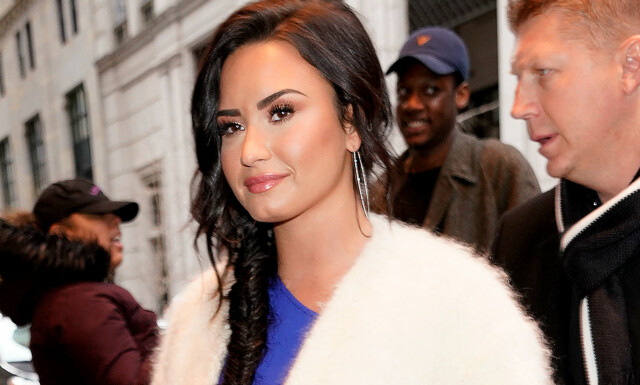 07fd5380 Demi Lovato vil date både menn og kvinner - Avslører at hun er åpen ...