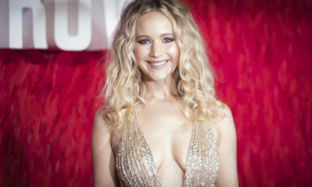 SINGEL: Jennifer Lawrence ønsker seg kjæreste. Her er hun på premieren av filmen Red Sparrow i London sist måned. Foto: NTB Scanpix