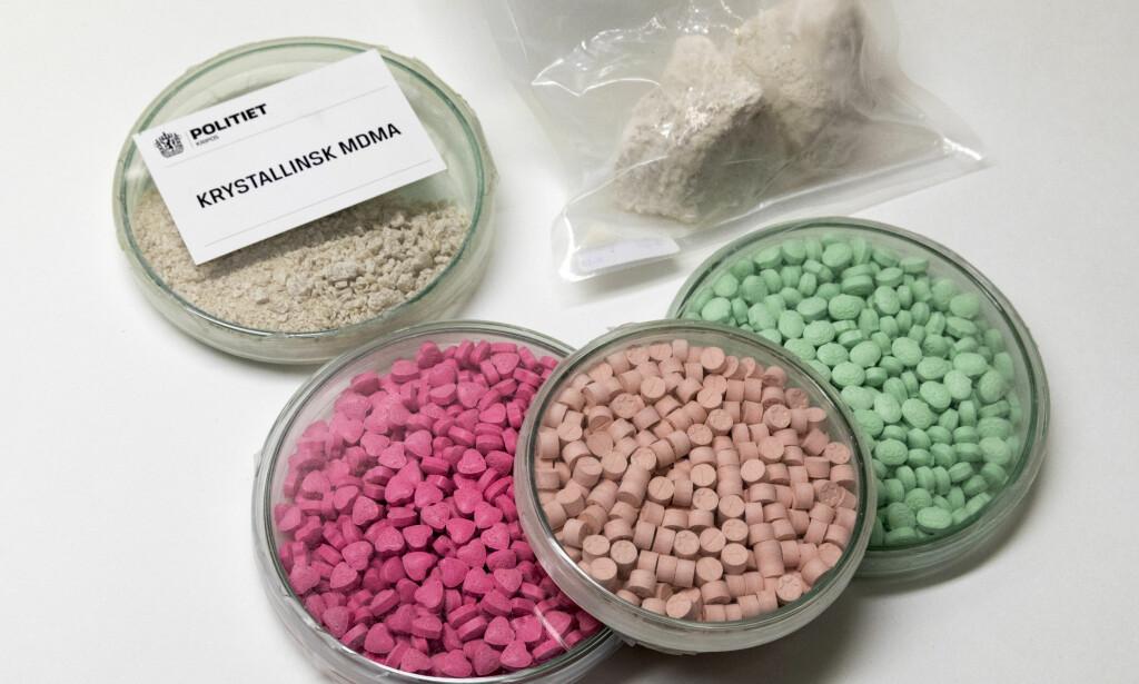 NORMALISERES: Det narkotiske stoffet MDMA normaliseres i større grad hos barn og unge i drammensområdet. Politiet er bekymret. Foto: Gorm Kallestad / NTB scanpix