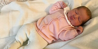 image: Viste fram den nyfødte prinsessa