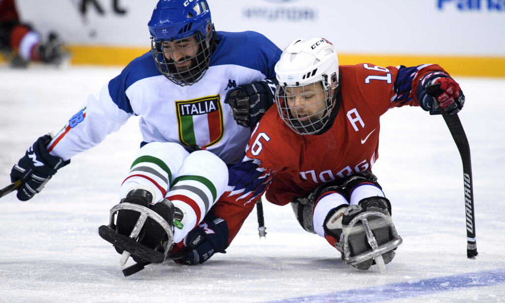 TAP: For Knut Andre Nordstoga og det norske kjelkehockeylandslaget. Foto: NTB Scanpix
