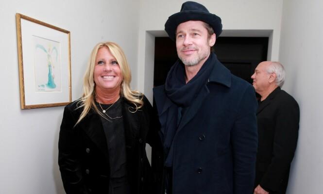 FOTONEKT: Brad Pitt skal angivelig ha nektet å stille opp til fotografering med andre kvinner enn hans manager Cynthia Pett-Dante under Oscar-festen. Foto: NTB Scanpix