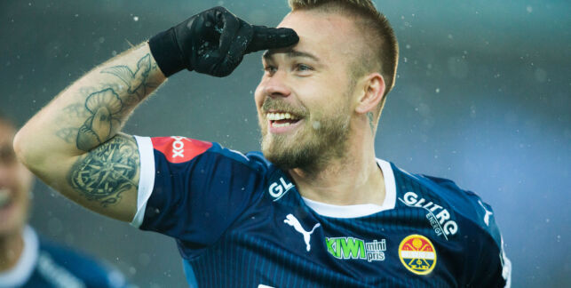 image: Marcus Pedersen scoret to og reddet Godset