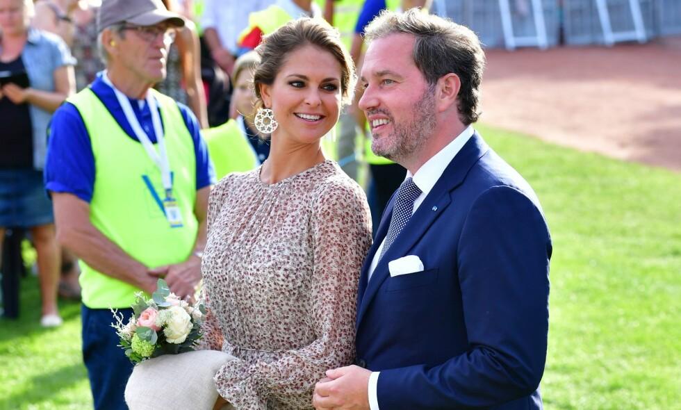 AVSLØRTE NAVNET: Fredag ble prinsesse Madeleine og Chris O´Neil foreldre for tredje gang. Nå er navnet til den lille prinsessen avslørt. Foto: NTB Scanpix