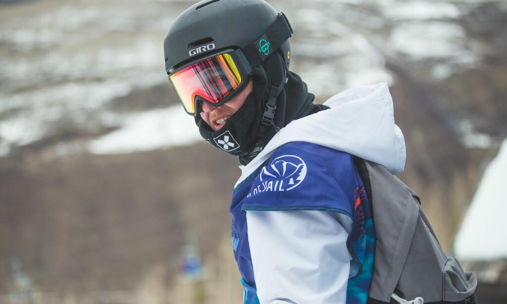 HVA ER I SEKKEN? Fridtjof Tischendorf er hemmelighetsfull. Foto: Snowboardforbundet/Glenn C. Pettersen