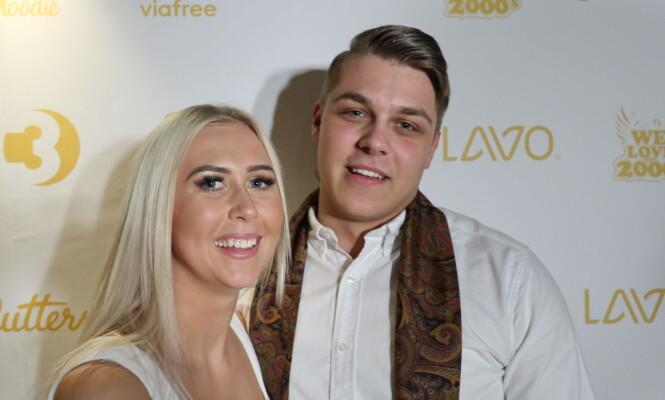 <strong>MED PÅ FEST:</strong> «Paradise»-Cathrine møtte opp på kveldens premierefest sammen med kjæresten. Foto: Marie Røssland
