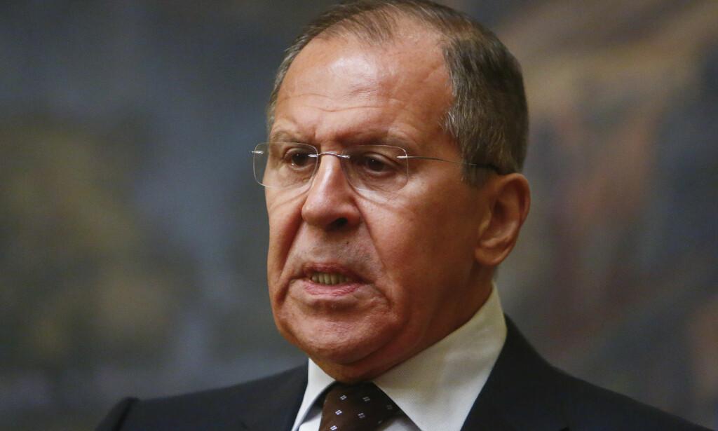 UTENRIKSMINISTER: Sergej Lavrov sier at han vil ha prøvene av nervegiften som har forgiftet eks-spionen Sergej Skripal og hans datter. Foto: NTB scanpix