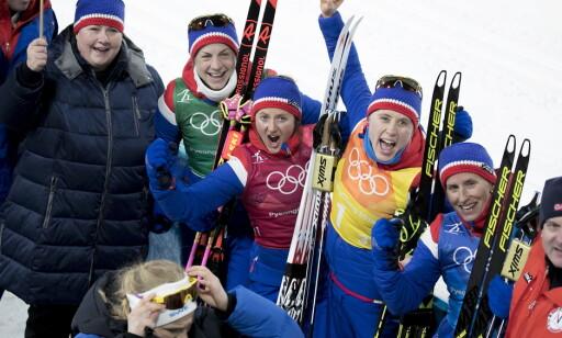 GULL: Astrid Uhrenholdt Jacobsen vant stafettgull i Pyeongchang sammen med Ingvild Flugstad Østberg, Raghild Haga og Marit Bjørgen, men følte seg ikke som en vinner der og da. Foto: Bjørn Langsem / Dagbladet