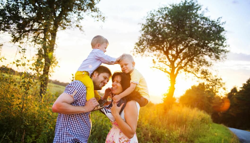 <strong>SØSKENREGLER:</strong> Hvis du har flere barn i barnehage samtidig, har du rett på søskenmoderasjon, altså redusert betaling for barn nummer to, tre og så videre. Men dette gjelder kun for hel- og halvsøsken, ikke for stesøsken. Foto: Shutterstock/NTB Scanpix.